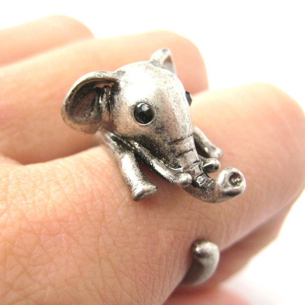 adorable-elephant-shaped-animal-wrap-ring-in-silver-us-sizes-7-to-9_grande