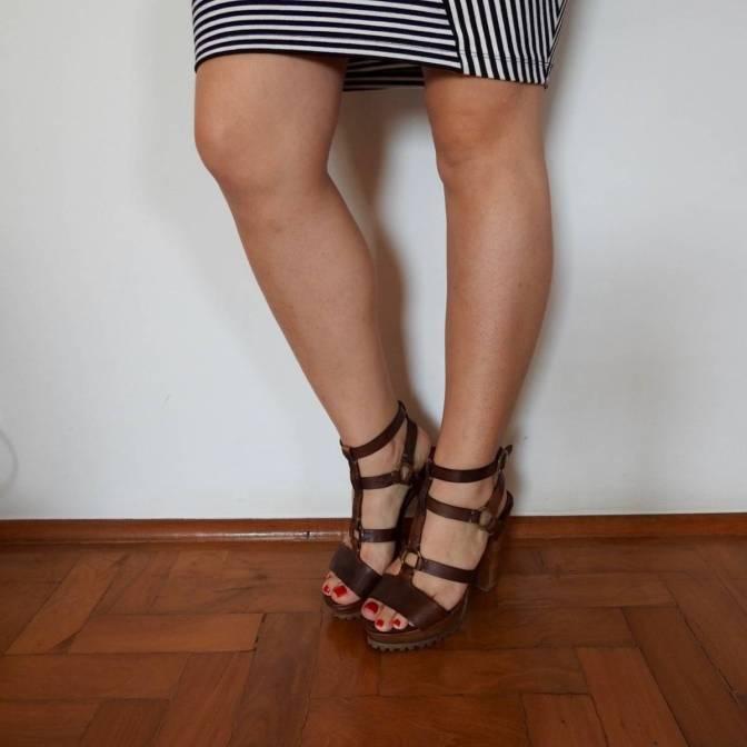 Sandália DASLU