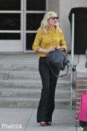 kristen_dunst_off_duty_street_style_is_perfection